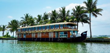 Alleppey Houseboats Luxury Trip