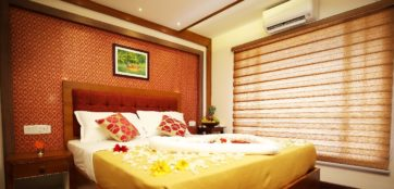 Alleppey houseboat bedroom