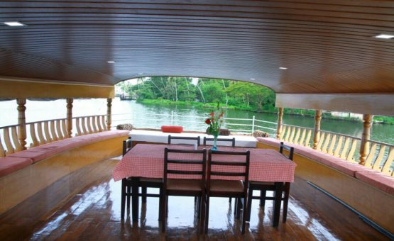 Upper Deck area of houseboat