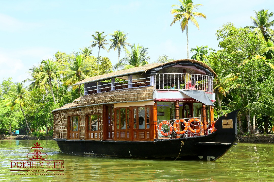 Upper deck alleppey houseboat